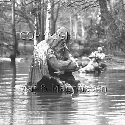 holger-danske-i-vand-helsingoer-1968
