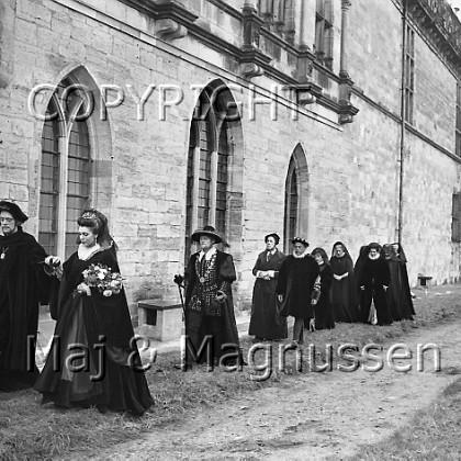 hamlet-elsinore-saville-1963-187.jpg