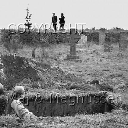 hamlet-elsinore-saville-1963-190.jpg