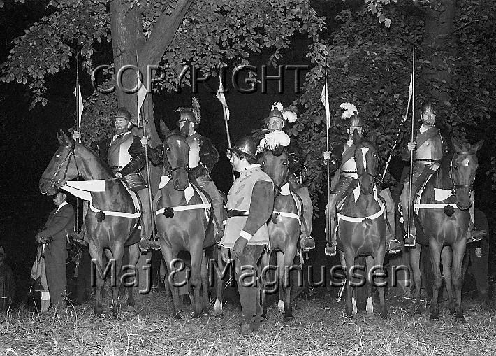 hamlet-elsinore-saville-1963-203jpg