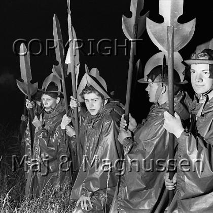 hamlet-elsinore-saville-1963-204.jpg