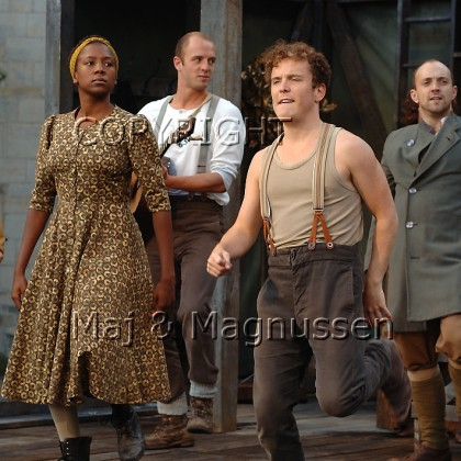 hamlet-ophelia-shakespeares-globe-0163.jpg