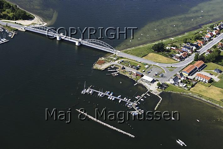 guldborgbroen-guldborg-lystbaadehavn-luftfoto-5492.jpg