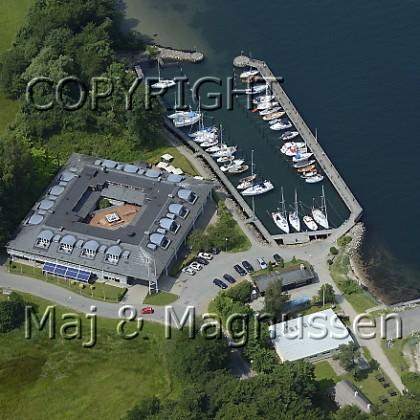 kongebro-havn-og-hotel-luftfoto-5333.jpg