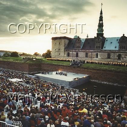 kronborg-hamletspil-den-kongelige-ballet-1996.jpg