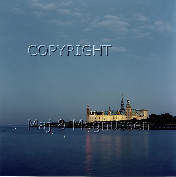 Kronborg oplyst set fra nord