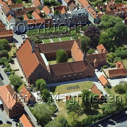 sct-mariae-kirke-og-karmeliterklostret-luftfoto-0023.jpg
